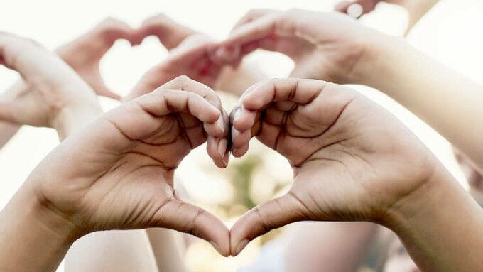 Herz aus Händen